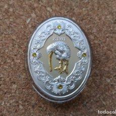 Reproducciones billetes y monedas: MONEDA 2$ 2014 KIWI SWAROVSKI FABERGE. Lote 181482453