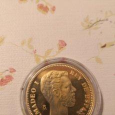 Reproducciones billetes y monedas: PLATA 925 MILÉSIMAS RECUBIERTA DE ORO DE 24 KILATES - CALIDAD PROOF, DIAMETRO 33 MILÍMETROS . . Lote 182745176