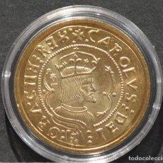 Reproducciones billetes y monedas: BONITA REPRODUCCIÓN MONEDA DE ORO 4 DUCADOS VALENCIA CARLOS I ESPAÑA METAL BAÑO DE ORO. Lote 186091901