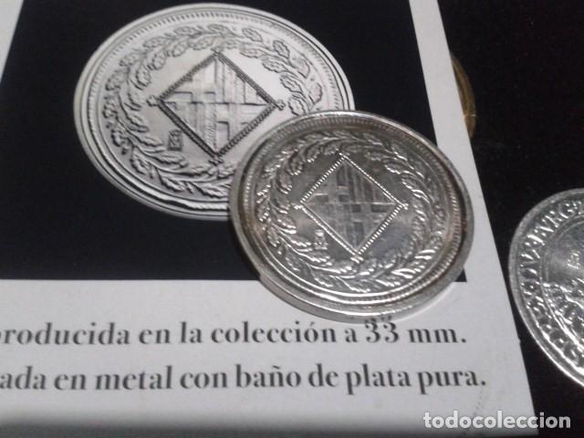 Reproducciones billetes y monedas: MONEDA 5 PESETAS 1808 BARCELONA JOSE I NAPOLEON DE LA FNMT CON BAÑO DE PLATA PURA - Foto 2 - 189525610