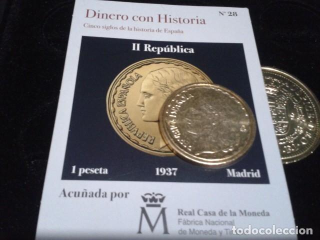Reproducciones billetes y monedas: MONEDA II REPUBLICA ( 1 PESETA 1937 MADRID ) BAÑO DE ORO PURO A 33 mm CON CERTIFICADO FNMT - Foto 3 - 189682068