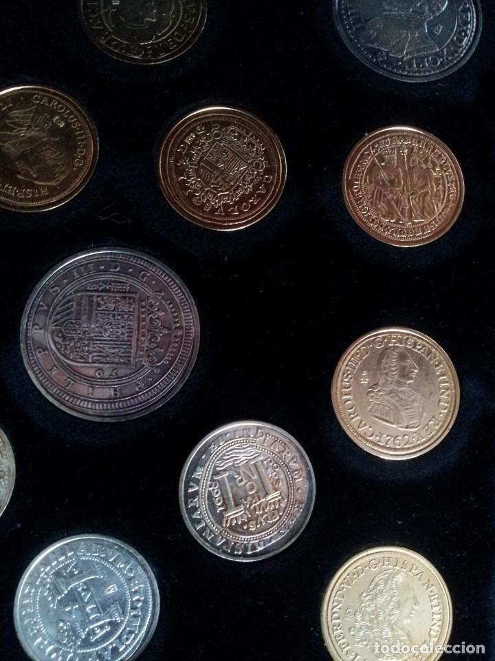 Reproducciones billetes y monedas: LAS MONEDAS DE ESPAÑA, DE LOS REYES CATOLICOS A CARLOS III - REAL CASA DE LA MONEDA 2013 - Foto 7 - 189701406