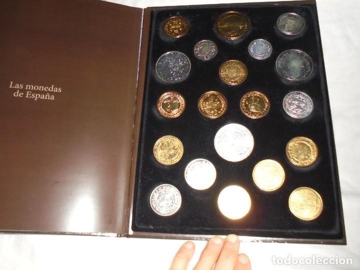Reproducciones billetes y monedas: LAS MONEDAS DE ESPAÑA DE LOS REYES CATOLICOS A CARLOS III (20 MONEDAS CON BAÑO DE PLATA Y ORO)2013 - Foto 7 - 193967742