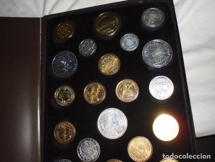 Reproducciones billetes y monedas: LAS MONEDAS DE ESPAÑA DE LOS REYES CATOLICOS A CARLOS III (20 MONEDAS CON BAÑO DE PLATA Y ORO)2013 - Foto 9 - 193967742
