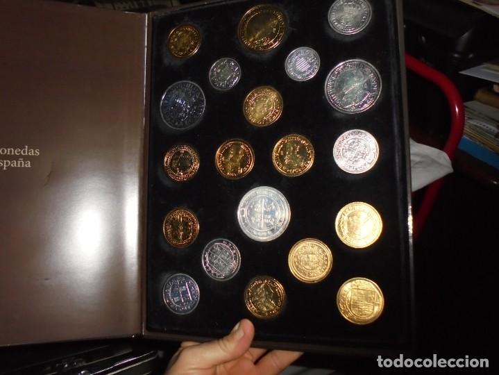 Reproducciones billetes y monedas: LAS MONEDAS DE ESPAÑA DE LOS REYES CATOLICOS A CARLOS III (20 MONEDAS CON BAÑO DE PLATA Y ORO)2013 - Foto 11 - 193967742