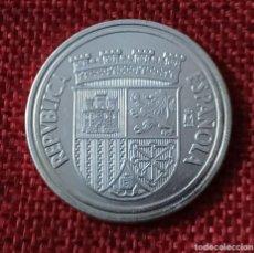Reproducciones billetes y monedas: REPRODUCCIÓN FNMT - ESPAÑA - II REPUBLIC - 10 CENTIMOS - 1938 - CASTELLON - BAÑO PLATA PURA - 28 MM. Lote 194865630
