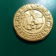 Reproducciones billetes y monedas: BONITA REPLICA DE DOBLE DUCADO DE JUANA Y CARLOS BAÑO DE ORO. LEER DESCRIPCIÓN. Lote 195542386