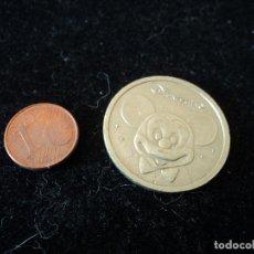 Reproducciones billetes y monedas: MONEDA DISNEYLAND PARIS. Lote 200513163