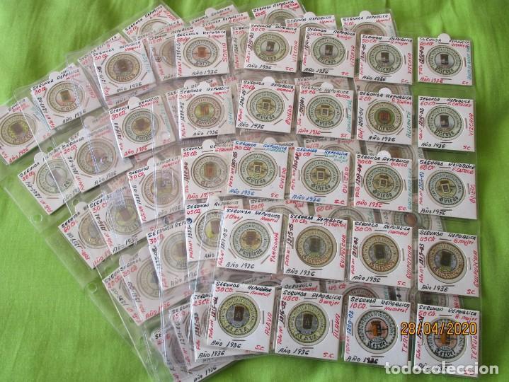 LOTE DE 99 CARTONES MONEDAS DE USO PROVISIONAL. 2ª REPUBLICA ESPAÑOLA. LEASE LAS CIUDADES MONEDAS: (Numismática - Reproducciones)
