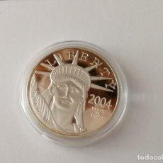 Reproducciones billetes y monedas: 100 $ ONZA PLATINUM AMERICAN EAGLE 2004 MONEDA REPLICA. Lote 221579036