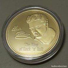 Reproducciones billetes y monedas: EL REY DEL ROCK ELVIS PRESLEY. MONEDA CONMEMORATIVA 1935-77. CON FIRMA ACUÑADA.. Lote 221987948