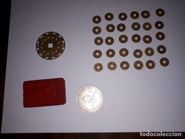 Reproducciones billetes y monedas: 67-LOTE DE MONEDAS Y LINGOTE DE CINABRIO - Foto 2 - 221836888