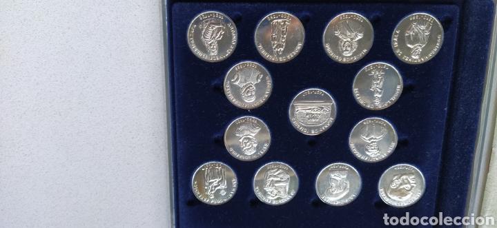 Reproducciones billetes y monedas: Guipuzcoanos universales del renacimiento - Foto 2 - 232311000