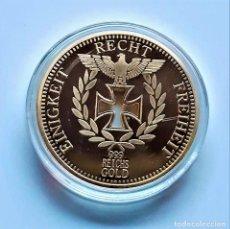 Riproduzioni banconote e monete: REICHSBANK GOLD MONEDA ORO 24.K CHAPADA ALEMANA HUECO CRUZ Y AGUILA - 40.MM DIAMETRO - 24.74.GRAMOS. Lote 258037725