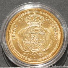 Reproducciones billetes y monedas: REPRODUCCIÓN MONEDA DE ORO ESPAÑA 100 REALES 1855 MADRID ISABEL II METAL CON BAÑO DE ORO PURO. Lote 244941825
