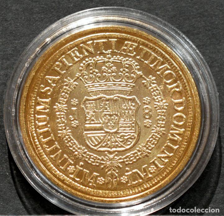 Reproducciones billetes y monedas: REPRODUCCIÓN MONEDA DE ORO 8 ESCUDOS 1752 LIMA FERNANDO VI METAL CON BAÑO DE ORO PURO - Foto 3 - 245155760