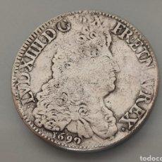 Reproducciones billetes y monedas: EXCELENTE REPRODUCCCION 1 ECU 1690 LOUIS XIIII REY SOL 23,5GR. 38MM DIÁMETRO NO MAGNÉTICA CAPSULA. Lote 247703580