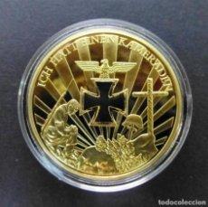 Reproducciones billetes y monedas: WORLD WAR MEMORY GEFALLENEN ORO REAL 24.KT BAÑO A CAPAS 1914-1945 - 40.MM DIAMETRO - 28.GRAMOS. Lote 257844290