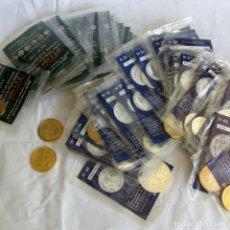 Reproducciones billetes y monedas: 59 MONEDAS EN BOLSAS EL PAÍS, DEL REAL A LA PESETA + 2 SUELTAS. Lote 261850280