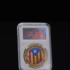 Reproductions billets et monnaies: MONEDA DE ORO DE 2014 CATALUNYA INDEPENDENCIA EN EXHIBICIÓN 300 AÑOS EN SU CAJA + CERTIFICADO.. Lote 285678773