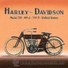 Coleccionismo de carteles: CUADRO CARTEL ANTIGUO MOTO HARLEY DAVIDSON 1911. REPRODUCCION EN MADERA 60X60 CM.. Lote 77504293