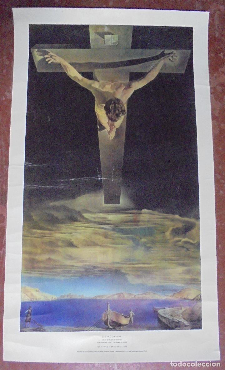 Coleccionismo de carteles: CARTEL. SALVADOR DALI. CHRIST OF ST. JOHN OF THE CROSS. GANYMED REPRODUCTION. 81 X 47 CM - Foto 2 - 84893676