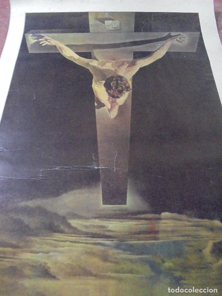 Coleccionismo de carteles: CARTEL. SALVADOR DALI. CHRIST OF ST. JOHN OF THE CROSS. GANYMED REPRODUCTION. 81 X 47 CM - Foto 3 - 84893676