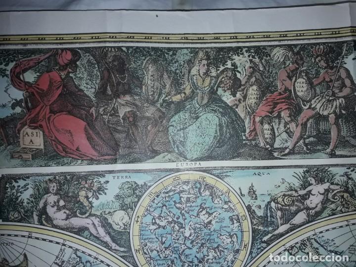 Coleccionismo de carteles: Precioso mapamundi en latín a colores reproducción año 1983 - Foto 17 - 148935442