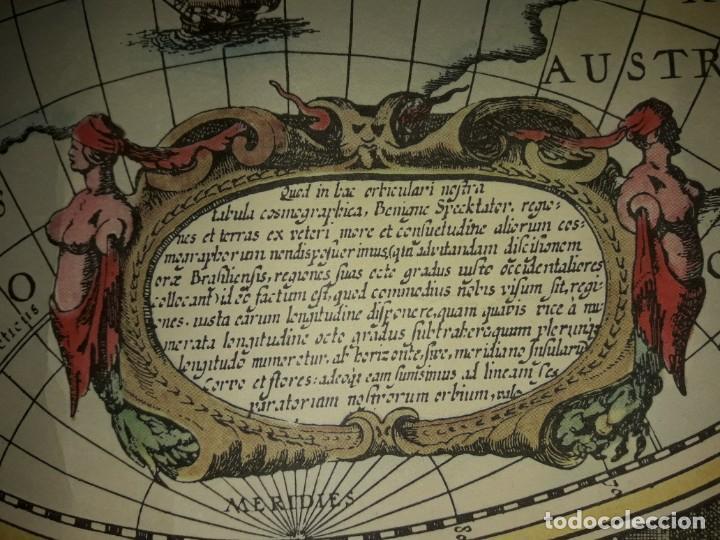 Coleccionismo de carteles: Precioso mapamundi en latín a colores reproducción año 1983 - Foto 26 - 148935442