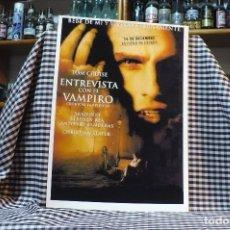 Coleccionismo de carteles: DE LA PELICULA, ENTREVISTA CON EL VAMPIRO, TOM CRUISE, BRAD PITT, ANTONIO BANDERAS, 42 CM X 30 CM.. Lote 182941705