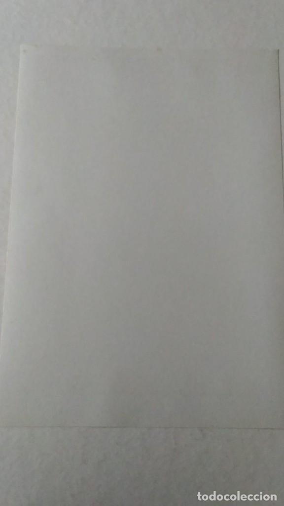 Coleccionismo de carteles: Reproducción de Cartel EL AS Papel de fumar del artista Arturo Ballester exposición La Caixa 1986 - Foto 9 - 213020012