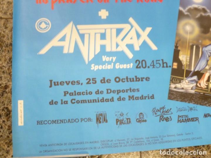 Coleccionismo de carteles: Cartel de Iron Maiden concierto No prayer on the Road Madrid 1990 Anthrax - Foto 2 - 222716172