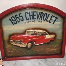 Coleccionismo de carteles: VINTAGE CARTEL DE MADERA CHEVROLET (CHEVY) 1955 SEÑALIZACIÓN TIPO TIENDA (CUADRO SEÑAL) COCHE RETRO. Lote 248212860