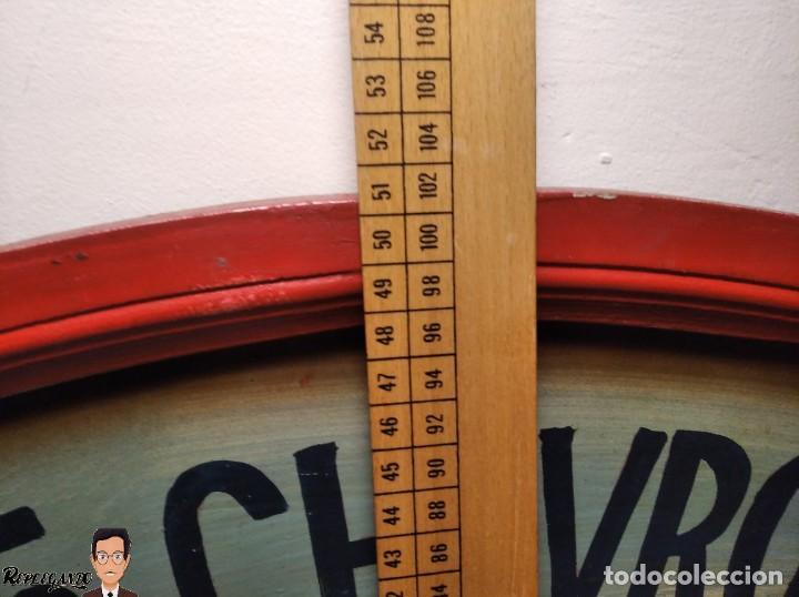 Coleccionismo de carteles: VINTAGE CARTEL DE MADERA CHEVROLET (CHEVY) 1955 SEÑALIZACIÓN TIPO TIENDA (CUADRO SEÑAL) COCHE RETRO - Foto 26 - 248212860