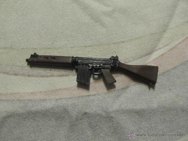 M69 SUBFUSIL O FUSIL ARMA GEYPERMAN ACTION MAN EN GOMA (Juguetes - Reproducciones Figuras de Acción)