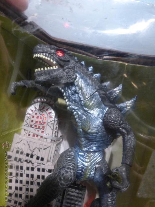 Reproducciones Figuras de Acción: Godzilla Bank - Insert coin for automatic attack - En su caja original - Nuevo a estrenar - - Foto 3 - 46001087