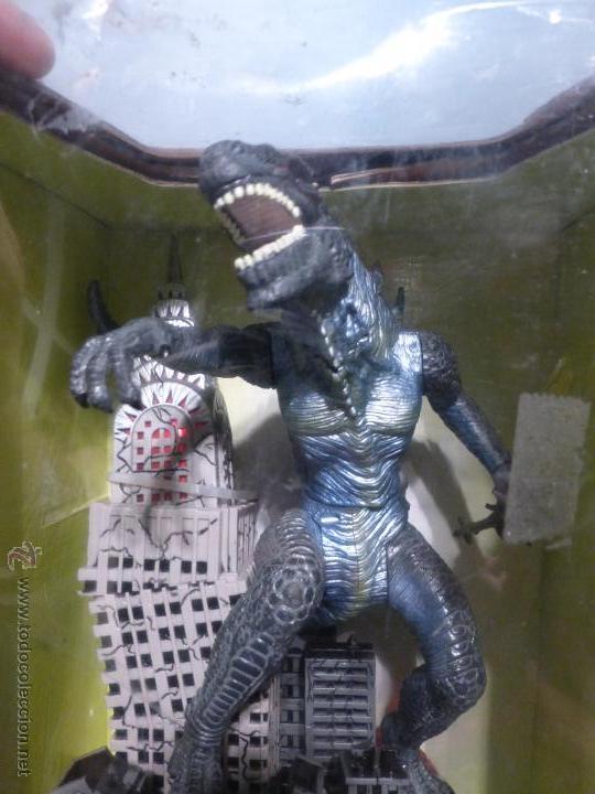 Reproducciones Figuras de Acción: Godzilla Bank - Insert coin for automatic attack - En su caja original - Nuevo a estrenar - - Foto 4 - 46001087