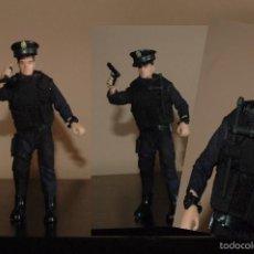 Reproducciones Figuras de Acción: MADELMAN MDE AGENTE POLICIA CNP CON TONFA. Lote 56107046