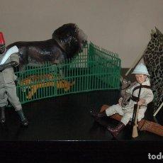 Reproductions Figurines d'Action: MADELMAN MDE DIORAMA. IDEAL ESCAPARATE. CAMPAMENTO SAFARI CON PORTEADOR NEGRO, LEON, TIGRE Y JAULA. Lote 61771172