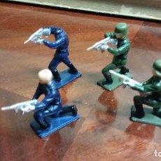 Reproductions Figurines d'Action: 4 FIGURAS DE LAS FURGONETAS DE GUISVAL HOMBRES DE HARRELSON Y SOLDADOS. Lote 79978253