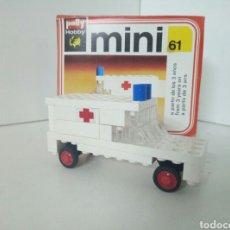 Reproducciones Figuras de Acción: MINI 61 BLOQUES TIPO LEGO AMBULANCIA POLLY HOBBY. Lote 96774092