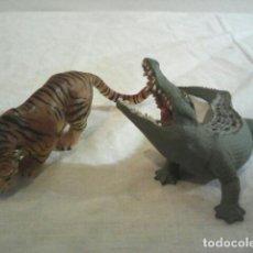 Reproducciones Figuras de Acción: FIGURAS ANIMALES DE LA PELICULA TOMB RAIDER. Lote 105470183
