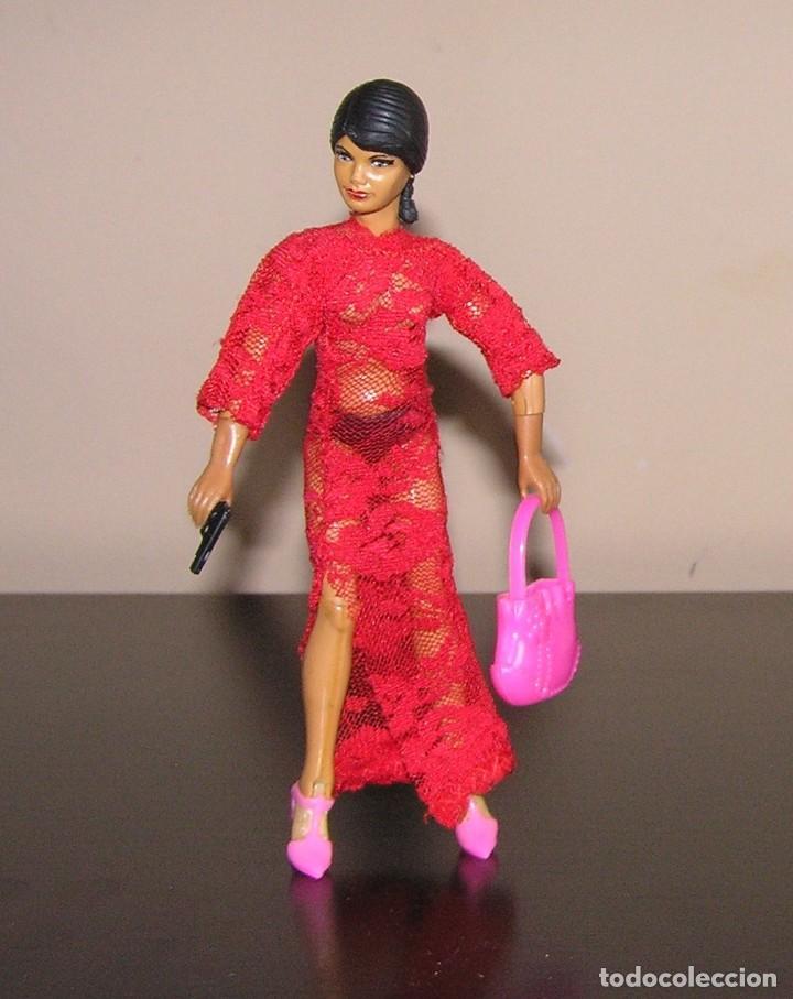 Reproducciones Figuras de Acción: Madelman MDE madelwoman Mata Hari espia con vestido de noche, pistola, bolso y zapatos de tacon - Foto 4 - 111199124