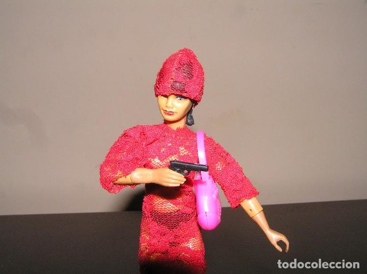 Reproducciones Figuras de Acción: Madelman MDE madelwoman Mata Hari espia con vestido de noche, pistola, bolso y zapatos de tacon - Foto 7 - 111199124