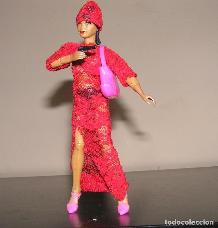 Reproducciones Figuras de Acción: Madelman MDE madelwoman Mata Hari espia con vestido de noche, pistola, bolso y zapatos de tacon - Foto 9 - 111199124