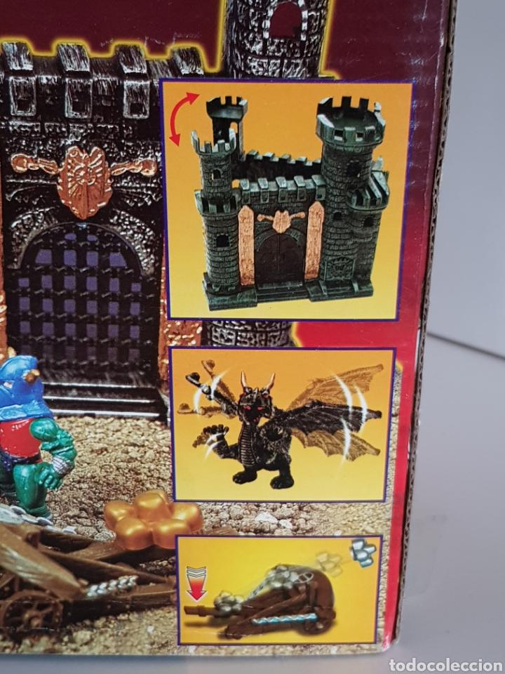 Reproducciones Figuras de Acción: No señor de los anillos, CASTILLO DE AVENTURAS DRAGON WARRIORS MEDIDAS DEL CASTILLO 32X17CMS - Foto 5 - 109843270