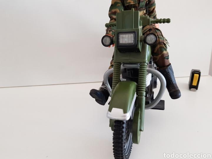 Reproducciones Figuras de Acción: PRECIOSA MOTO Y PERSONAJE MEDIDAS 36X21CM PERSONAJE INCLUIDO - Foto 3 - 114871164