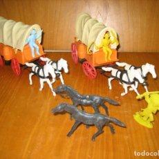 Reproducciones Figuras de Acción: LOTE DE CARABANAS DE INDIOS Y COWBOYS. Lote 165381518