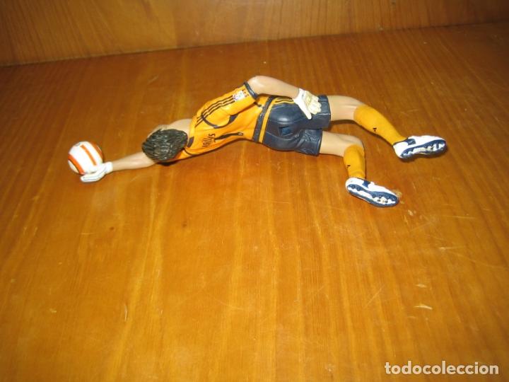 Reproducciones Figuras de Acción: Figura de accion. Iker Casillas. Real Madrid - Foto 3 - 168621728