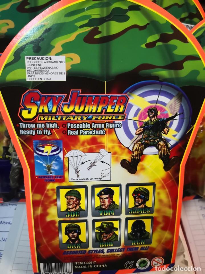 Reproducciones Figuras de Acción: 4 blister sky jumper paracaidistas militares. Military force - Foto 4 - 194291511